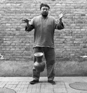 Proportional_280_ai-weiwei-dropping